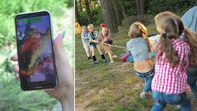 Patří mobily na dětské tábory? Velký průzkum ukázal, co na to Češi!