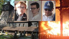 Replika vyhořelého kostelíku v Gutech čeká na Vsetínsku: Stavba vázne na hasičích