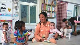 """""""Matka lásky"""" dostala 20 let. Zneužívala adoptované děti, v péči jich měla 118"""