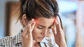 Klasická bolest hlavy, nebo migréna? Poznáte, která trápí právě vás?