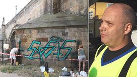 Čistič Karlova mostu promluvil o svých vraždách: Zpověď 5x přikrášlil!