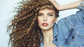 Máte vlnité vlasy? Víme, jak o ně pečovat, aby vypadaly skvěle