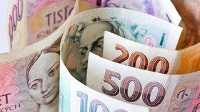 Čtvrt milionu nechala na lavičce! Roztržitá Kypřanka zapomněla na peníze, které vezla dceři