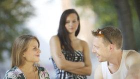 randí s dívkou, která stále žije s ní ex