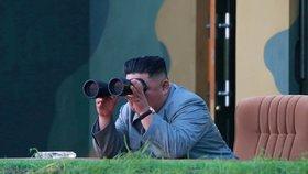 """Kim poslal Trumpovi """"krásný dopis"""" a dál vypouští rakety. Dopadly do moře"""