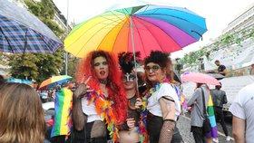 Praha bude letos bez duhového průvodu. Připojuje se k celosvětovému online přenosu