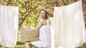 Neničte si oblečení! 5 nejčastějších chyb, které děláme při ručním praní