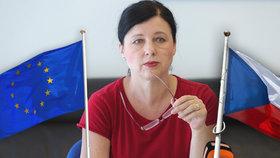 Jourová bude místopředsedkyní komise. Babiš jásá, opozice zmiňuje porážku