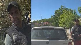 Vandal poškodil ve Vokovicích zaparkovaná auta. Snažil se působit nenápadně