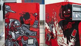 Kat Mydlář se sluchátky a reprákem: Umělci vyzdobili kontejnery na elektroodpad