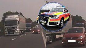 Řidič při šíleném předjíždění ohrozil záchranáře: Od tragédie je dělily centimetry!