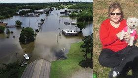 Řidičku (†47) uvěznila voda v autě a volala o pomoc, dispečerka jí vynadala. Utopila se