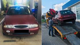 Policisté narazili na dalšího perníkového jezdce: Vzadu se krčily dvě děti bez autosedaček!
