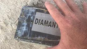 """Superbouře Dorian """"nasněžila"""" na pláže Floridy: Vyplavila kokain za 9 milionů!"""