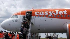 Útok na leteckého přepravce easyJet: Hackeři získali údaje 9 milionů zákazníků