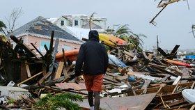 Na Bahamy se řítí další neštěstí? Bouře Humberto zesílila na hurikán a bude hůř