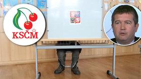 """Babiš nám """"vyluxoval"""" voliče, stěžuje si Hamáček. Komunisté podle průzkumu končí"""