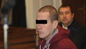 """Vražda Nikolky (†2) v Praze u soudu: Opilý otčím ji bodl, když spala. """"Asi mi hráblo,"""" řekl"""