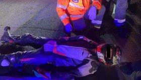 VIDEO: Motorkář-šikula prchal před policisty! Havaroval sám, batoh měl plný drog