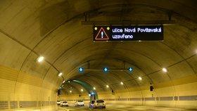 Tunel Blanka zkolaudovali! Trvalo to čtyři roky. Denně tu projede 80 tisíc aut
