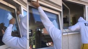 Takhle se zloději dostanou do bytu: Okno otevřou do tří vteřin, varuje odborník