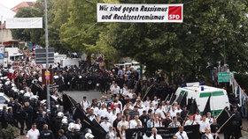 Německé ultrapravicové skupiny se přesouvají k sousedům. Koncerty pořádají i v Česku