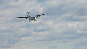 Silný vítr komplikuje leteckou dopravu. Na ruzyňské letiště nedorazilo už pět spojů