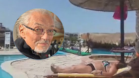 """V Egyptě zahráli """"Být stále mlád"""". Češi se o smrti Gotta dozvěděli u bazénu"""