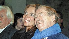 """""""Václav Havel nám hodně chybí."""" Oslavil by 83. narozeniny, kritici si rýpli do Zemana"""