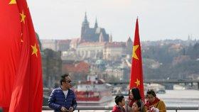Konec čínsko-pražského přátelství. Do města bude jezdit možná méně čínských turistů