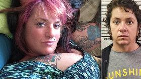 Pracovnice márnice málem udusila přítele, když mu seděla na obličeji a dožadovala se orálního sexu