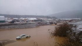 V Rusku se protrhla přehrada: 15 lidí zemřelo a další se pohřešují!