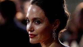 Angelina Jolie o konci manželství s Pittem: Ztratila jsem kus sebe!