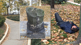 Zapomenutý kout Čelakovského sadů sbezdomovci a odpadky: Proč ho neopravili?