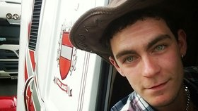 """Ze smrti 39 lidí v kamionu obvinili řidiče. Policie mu """"přišila"""" i spiknutí a praní peněz"""