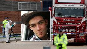 Krvavé otisky na dveřích kamionu smrti: Nazí migranti se zoufale snažili dostat ven