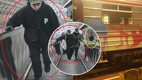 Maskovaní sprejeři poničili vagon metra, pak se odhalili kamerám! Hledá je policie