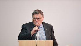 Hejtman Běhounek znovu povede ČSSD do voleb na Vysočině, získal podporu v kraji