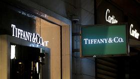 Klenotnictví Tiffany chce koupit majitel značky Louis Vuitton. Nabízí 334 miliard