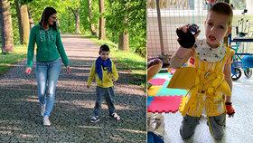 S malým bojovníkem Tobiáškem (6) se život nemazlí: Teď se učí chodit ve speciálním obleku