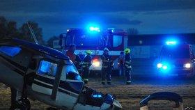 Na letišti v Letňanech havarovalo letadlo: Při přistávání se mu zlomilo kolo