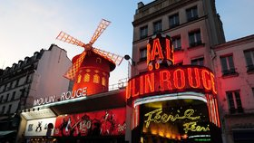 Kabaret Moulin Rouge slaví 130 let: V pařížském srdci lásky to žije i dnes!