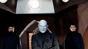 Fantomas se už 55 let pokouší ovládnout svět. Pronikl do Arabely i k Matuškovi