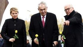 """30 let od pádu Berlínské zdi: Zeman přijel """"zkratkou"""", s Čaputovou položil růži a zmínil úsměv"""