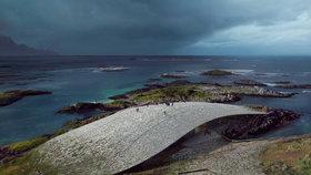 Krása! Za Polární kruh bude lákat obří kamenná velryba