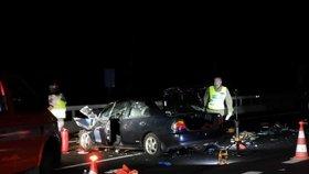 Děsivá nehoda na D5: Muž přišel o nohu! Vrazil do kamionu, pak ho sejmulo další auto