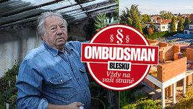 """Zahradník Petr (79) už 3 roky bojuje s černou stavbou: """"Řekli mi, že tu už stejně dlouho nebudu!"""""""