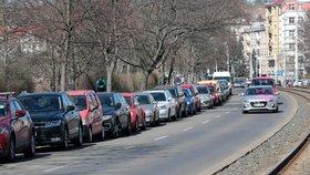 Pozor na parkování v Praze 4! Přibyly nové zóny