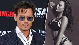 Johnny Depp zase sám! Proč ho odkopla i ruská go-go tanečnice?