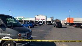 Střelba v nákupním středisku: Mezi třemi mrtvými v Oklahomě je zřejmě i útočník